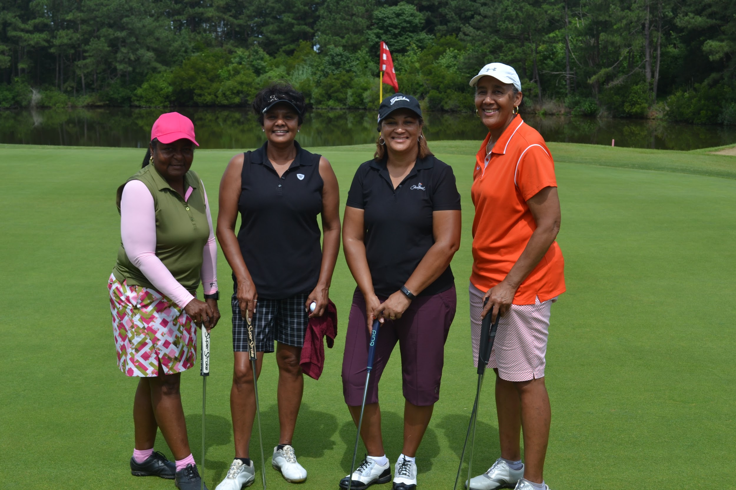 Women golfers on the green at CRMC Foundation's 2019 Southern Maryland Women's Golf Invitational